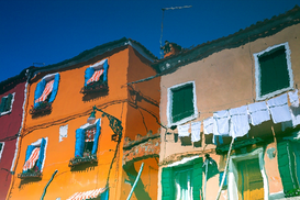 Abstract & grafisch Foto's bijv. als canvasfoto of wandfoto achter acrylglas: Reflections in water of Burano, Italy