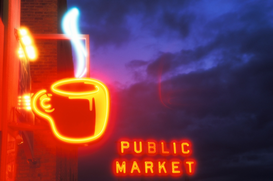 Bestseller foto's bijv. als canvasfoto of wandfoto achter acrylglas: USA, Washington State, Seattle, neon coffee sign at Pike Place Market