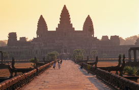 Oude culturen Foto's bijv. als canvasfoto of wandfoto achter acrylglas: Angkor Wat silhouetted against a sunrise  Angkor, Siem Reap, Cambodia