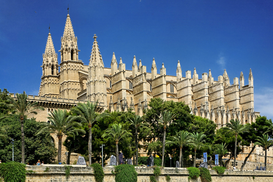 Pictures of famous buildings Wall Art as Canvas, Acrylic or Metal Print Kathedrale La Seu in Palma de Mallorca