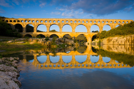 Pictures of famous buildings Wall Art as Canvas, Acrylic or Metal Print Pont du Gard, France