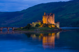 Castle pictures Wall Art as Canvas, Acrylic or Metal Print Eilean Donan Castle, Scotland