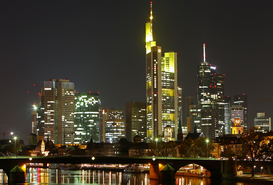 Architecture Photography Wall Art as Canvas, Acrylic or Metal Print Skyline von Frankfurt am Main