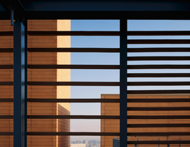 Architectuur Foto's bijv. als canvasfoto of wandfoto achter acrylglas: Windows blinds