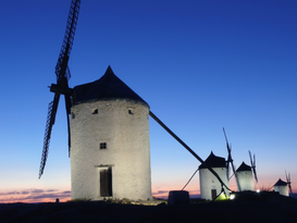 Windmill pictures Wall Art as Canvas, Acrylic or Metal Print mittelalterliche Windmühlen von Consuegra in La Mancha, Spanien