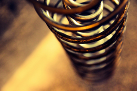 EyeEm Foto's bijv. als canvasfoto of wandfoto achter acrylglas: Close-Up Of Metal Coiled Spring