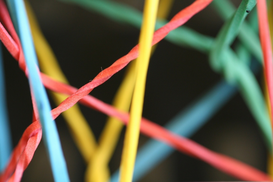 EyeEm Foto's bijv. als canvasfoto of wandfoto achter acrylglas: Close-up Of Multi Colored Rubber Band