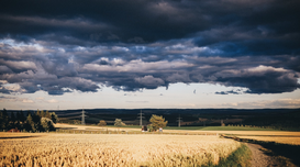 EyeEm Landscape pictures Wall Art as Canvas, Acrylic or Metal Print Scenic View Of Field Against Cloudy Sky