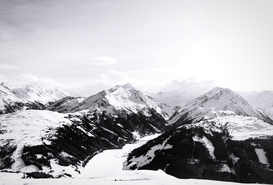 EyeEm Immagini p.ej., como imagen en lienzo o para la pared en metacrilato: Snow Capped Rocky Mountains Against The Sky