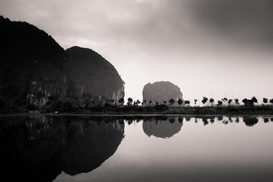Editor′s Choice Pictures Wall Art as Canvas, Acrylic or Metal Print Vietnam - Ngo Dong and kenh ga river landscape