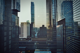 EyeEm Bilder z.B als Leinwandbild oder Wandbild hinter Acrylglas: View Of Office Buildings