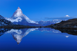 Pictures of Europe & the Alps  Wall Art as Canvas, Acrylic or Metal Print Matterhorn spiegelt sich im Riffelsee