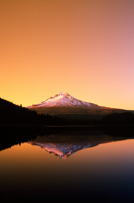Landschappen Foto's bijv. als canvasfoto of wandfoto achter acrylglas: Sunset at Trillium Lake