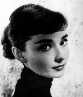 Movie stars & iconic figure pictures Wall Art as Canvas, Acrylic or Metal Print Audrey Hepburn