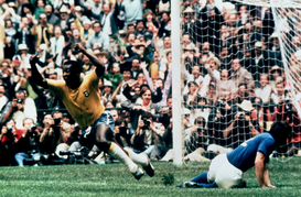 Sport Foto's bijv. als canvasfoto of wandfoto achter acrylglas: Soccer - World Cup Mexico 1970 - Final - Brazil v Italy