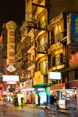Pictures of Asia Wall Art as Canvas, Acrylic or Metal Print Shanghai street at night