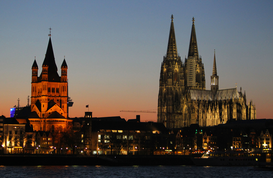 Germany pictures Wall Art as Canvas, Acrylic or Metal Print Köln am Abend