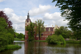 Germany pictures Wall Art as Canvas, Acrylic or Metal Print Neues Schloss - Bad Muskau