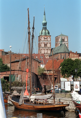 Germany pictures Wall Art as Canvas, Acrylic or Metal Print Stralsund (Archivfoto und Text 1995)