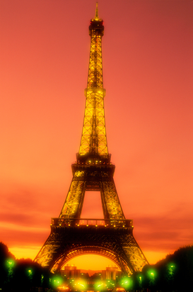 Parijs Foto's bijv. als canvasfoto of wandfoto achter acrylglas: france, paris. the eiffel tower illuminated at sunset