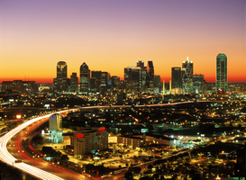 USA Foto's bijv. als canvasfoto of wandfoto achter acrylglas: usa, texas, dallas: lighted cityscape at dusk