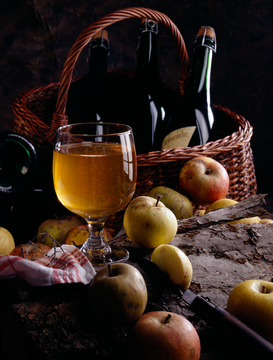 Stillevens Foto's bijv. als canvasfoto of wandfoto achter acrylglas: Still life of Normandy cider