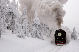 Railway pictures Wall Art as Canvas, Acrylic or Metal Print Railway in winter forest / Brocken / Eisenbahn im Winterwald