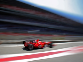Motorsport pictures Wall Art as Canvas, Acrylic or Metal Print F1 2005 GP Spanien: Ferrari im Qualifying