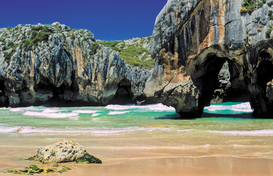 Seascapes Wall Art as Canvas, Acrylic or Metal Print Spanien, Asturien: Playa Cuevas del Mar