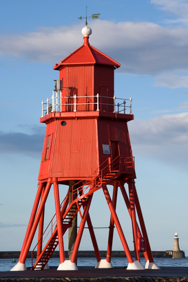 Lighthouse, harbor & fjord pictures Wall Art as Canvas, Acrylic or Metal Print Red lighthouse, Tyne and Wear, England