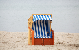 Beach Hut & Wicker Beach Chair Pictures Wall Art as Canvas, Acrylic or Metal Print Strandkorb