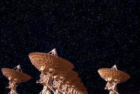Weltraum Satellit & Luftbild Bilder z.B als Leinwandbild oder Wandbild hinter Acrylglas: USA, New Mexico, Very Large Array - satellite dishes and starry sky